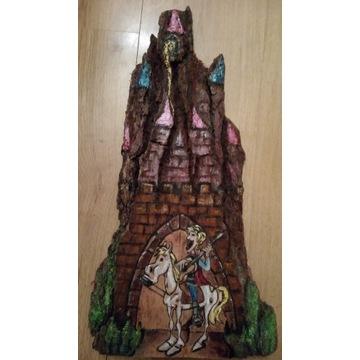 Książę z bajki i księżniczka w wieży