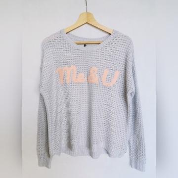 Sweter z napisem rozmiar S