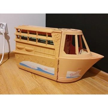 statek Barbie