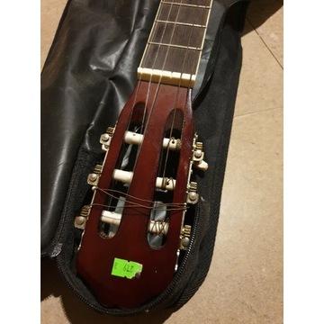 Gitara z pokrowcem