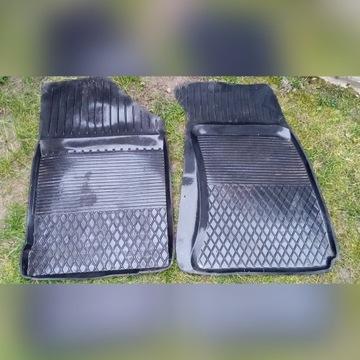 Wycieraczki gumowe dywaniki samochodowe