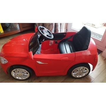 Samochód dziecięcy na akumulator.