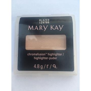 Puder rozświetlający Glazed CHROMAFUSION Mary Kay