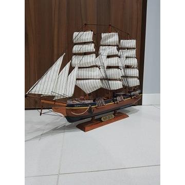 Piękny duży model statku