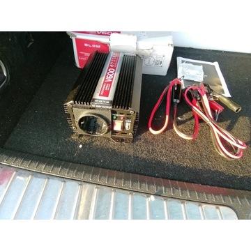 Przetwornica 12V/230V BLOW V600/300W USB