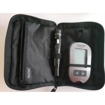 Glukometr accu chek performa nowy