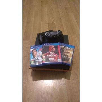 Konsola ps4 slim 500 GB FIFA 20, MAD MAX, 2 pady