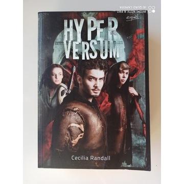 Hyperversum, Cecilia Randall