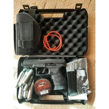 Walther ppq m2 na kule gumowe