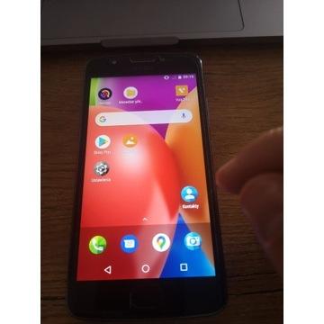 Motorola Moto E4 / 16 GB