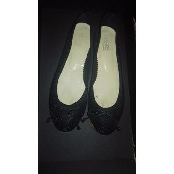 Paka zestaw ubran buty hegos