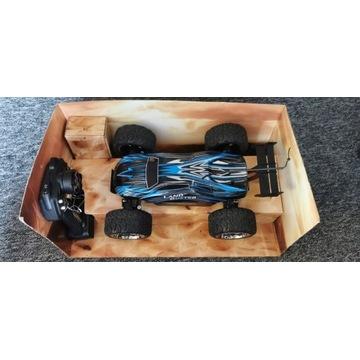 Samochód/RC/Zdalnie sterowany Land Buster 4x4