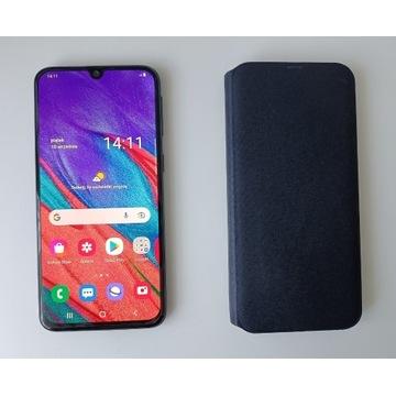 Smartfon SAMSUNG Galaxy A40+orginalne etui.Idealny