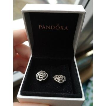 Srebrne kolczyki Pandora róża