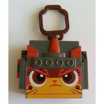 pudełeczko LEGO  zawieszka z McDonald's Happy Meal