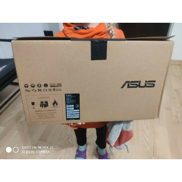 Laptop Asus R541N jak nowy