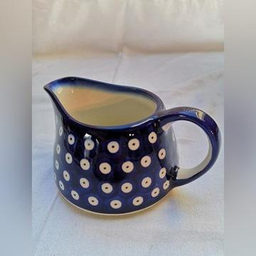 Ceramika z Bolesławca, mały dzbanek.