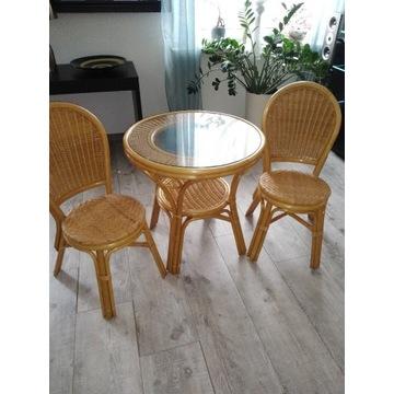 Stół okrągły i dwa krzesla