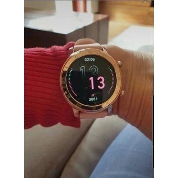 Nowy śliczny Smart Watch w pełni dotykowy.