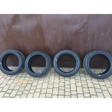 Opony zimowe Dunlop Winter Sport 5 225/45/17 8 mm