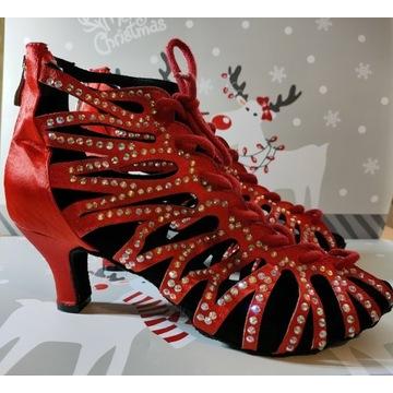 Nowe buty taneczne z cyrkoniami 39/40 obcas 6 cm