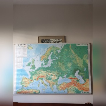 Mapa fizyczna Europy 1 : 4 500 000 (rozwijana)