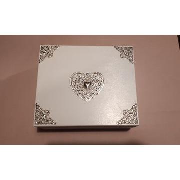 Komódka drewniana organizer szkatułka serce