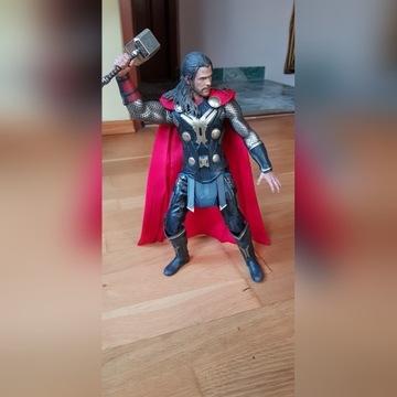 Hot Toys MMS224 Thor Dark World Thor 1/6