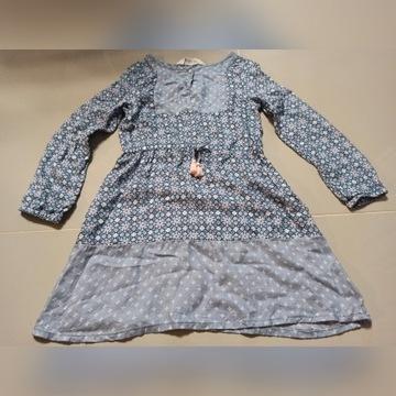 HM 122 śliczna sukienka