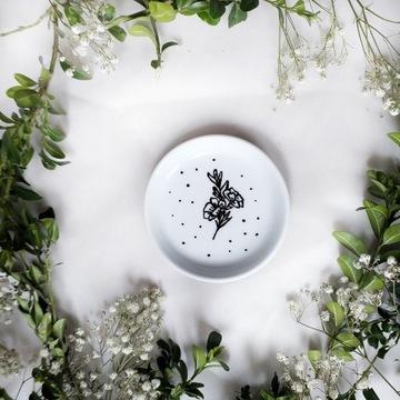 Spodek na biżuterie kwiaty 9cm ręcznie malowany