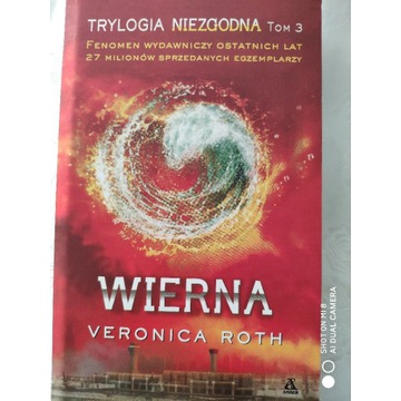Wierna, Veronica Roth