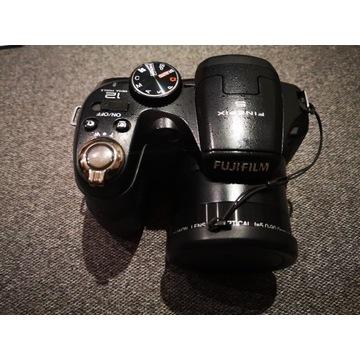 Aparat cyfrowy Fujifilm Finepix S2500HD