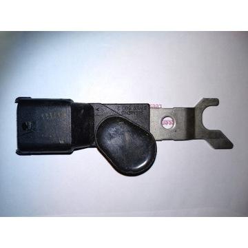 Czujnik położenia wałka rozrządu Opel Omega 2.2 b