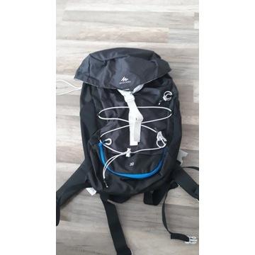 Plecak Quechua MH100 30l back