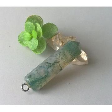 Wisiorek zielony agat mszysty kamień zawieszka