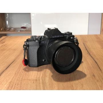 Olympus OM-D E-M5 II + 25mm f1.8 przebieg 8000