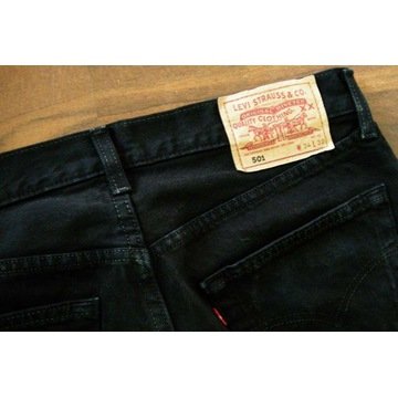 Męskie jeansy czarne LEVIS 501, W34 L32, używane