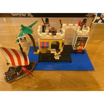 Lego  Pirates 6267 Lagoon Lock-Up