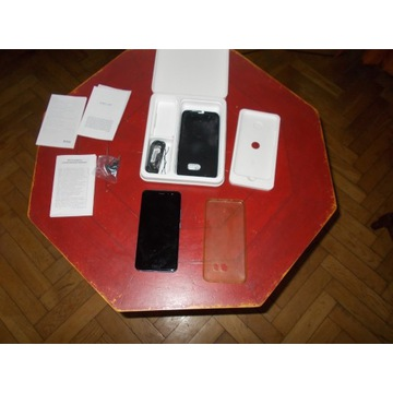 Smartfon HTC U11 4 GB / 64 GB niebieski