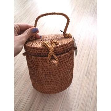 Koszyczek torebka wiklina nowy Mango