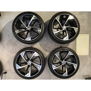 "Kola Audi RS5 20"" Pirelli 255 35 20 NOWE!"