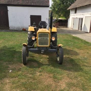 Traktor - URSUS C-330