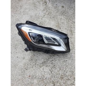 Prawa lampa LED Mercedes GLA lift