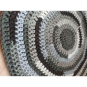 Dywanik handmade 70 cm