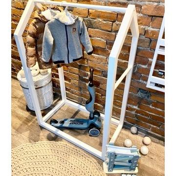 Stojak wieszak garderoba drewniana dziecięca