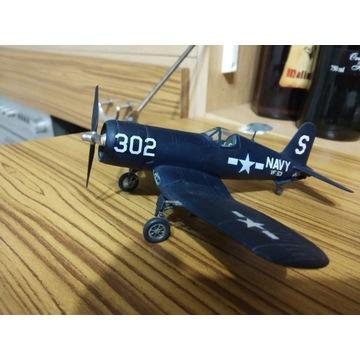 Sklejony model samolotu wojskowego Corser.