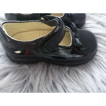 Pantofle dziewczęce rozmiar 21