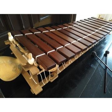 Afrykański ksylofon pentatoniczny balafon, marimba