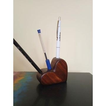 drewniany pojemnik na ołówki, długopisy, markery