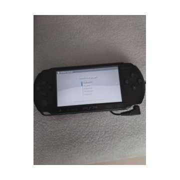 PSP + Memory Stick 8GB i 2gry